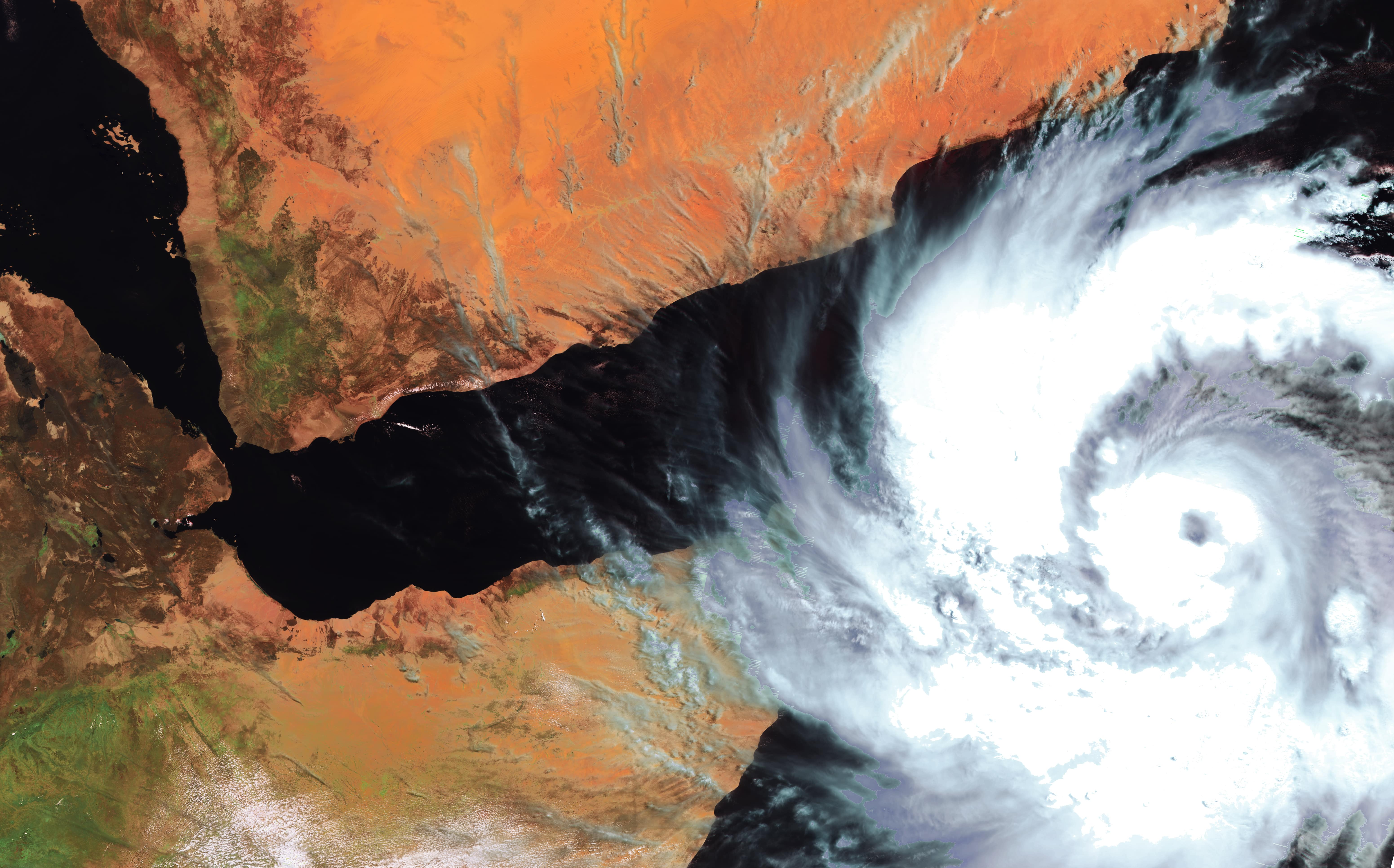 PROBA-V 300 m image of the tropical cyclone Mekunu as it hit and flooded Socotra Island, before making landfall on the Arabian peninsula, near Salalah, Oman on May 25th 2018